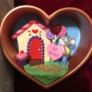 Hallmark Keepsake Collectible Ornament